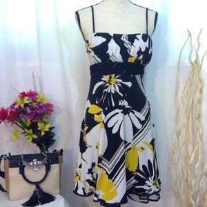 City Triangles Floral Geometic Dress